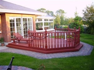original red wood patio idea